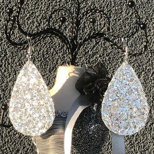 Atelier Sona Jewelry - Stunning Sparkling Tear Drop Earrings Holiday